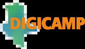 Logo Digicamp: Der Schriftzug DIGICAMP liegt auf einer verpixelten Sachsen-Anhalt-Karte.